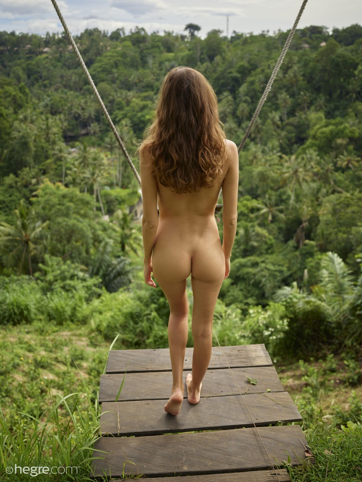 Голая туристка из России в Тайланде - фото