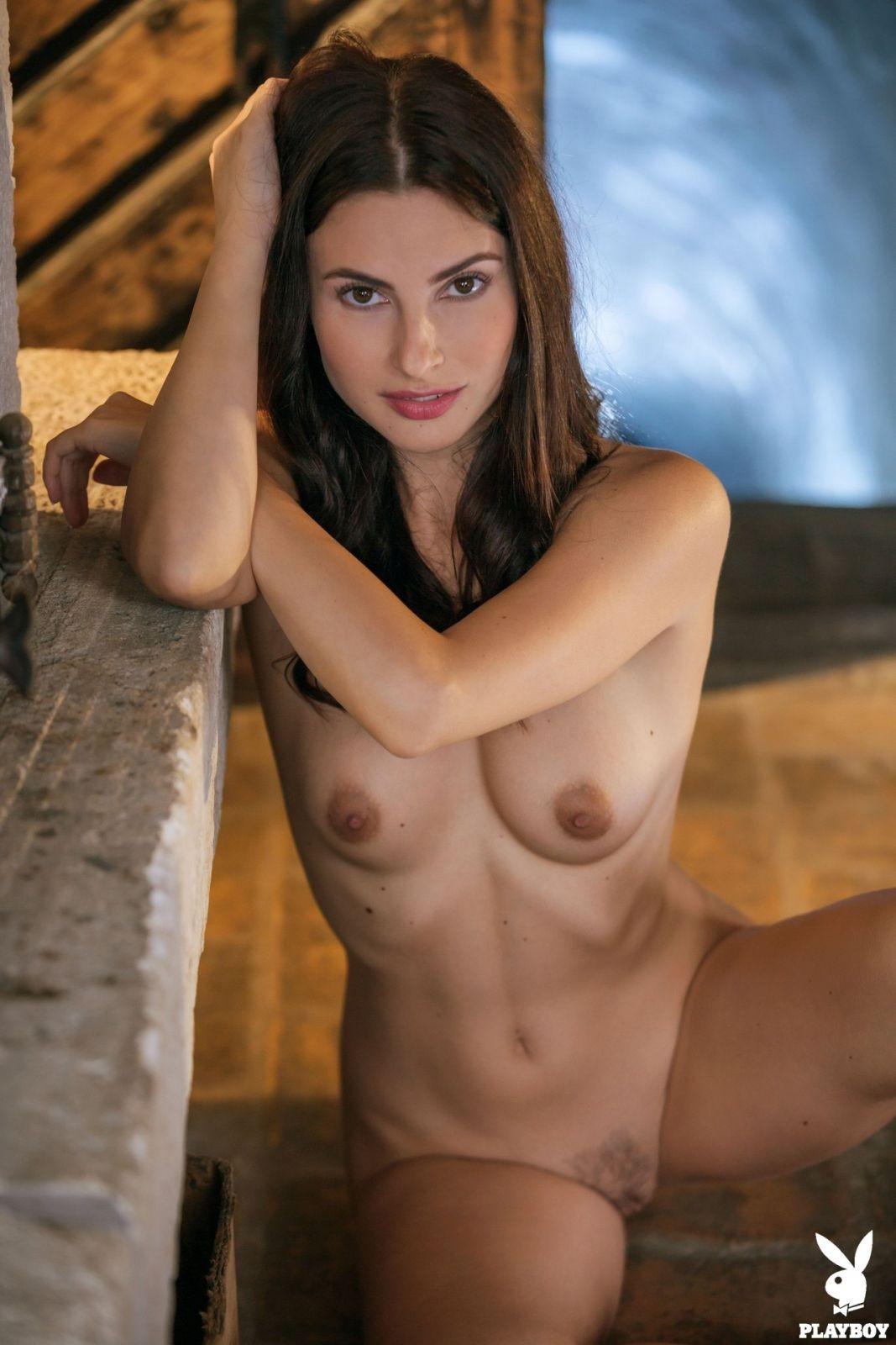 Красивая модель Плейбой на  - фото